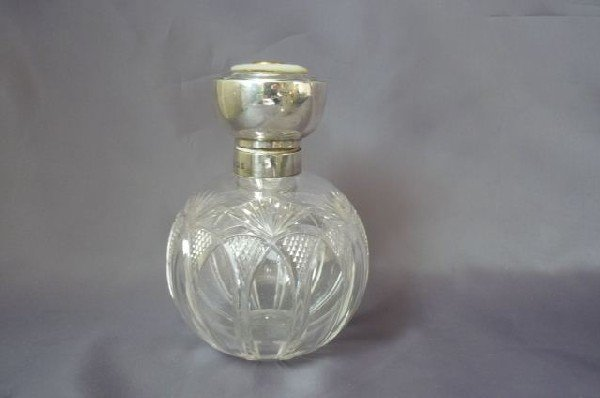 13: Edwardian Sterling Silver Perfume Bottle and