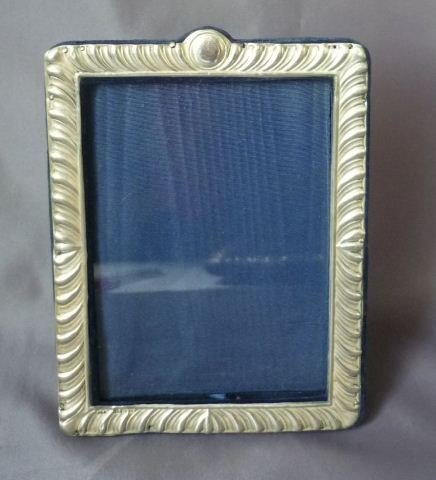 15: Edwardian Sterling Silver Photo Frame,