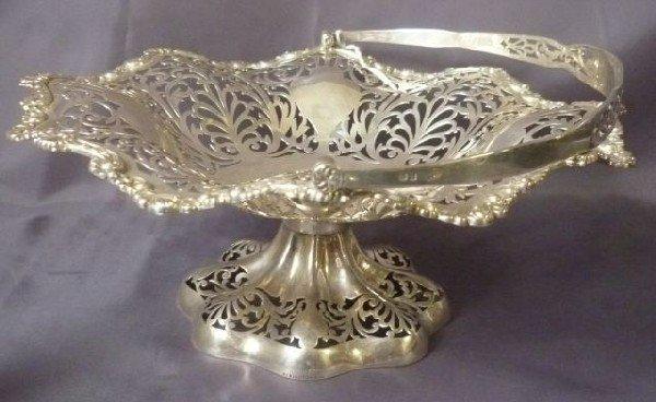 13: Good Edwardian Sterling Silver Pierced Cake Basket