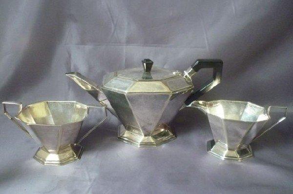 22: Art Deco Three Piece Silver Plate Set, c.1920