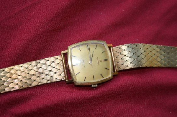 568: 14ct Gold Omega Automatic Wristwatch, c.1960