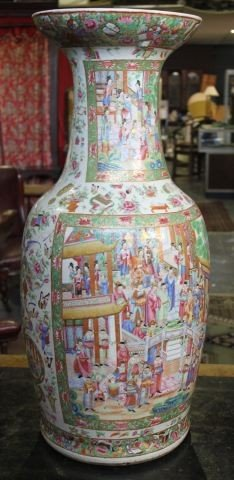 7: Large Chinese Porcelain Famille Vert Floor Vase,