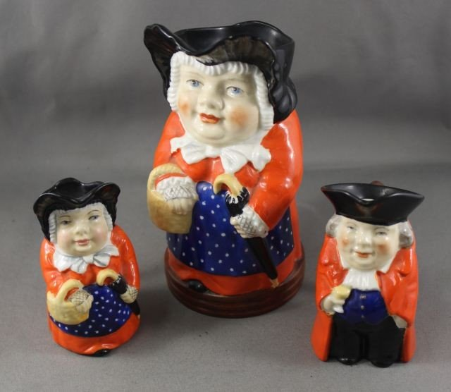 14: Three Royal Worcester Toby Jugs, c1910,