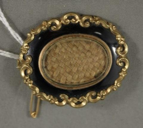7: Victorian Mourning Brooch,