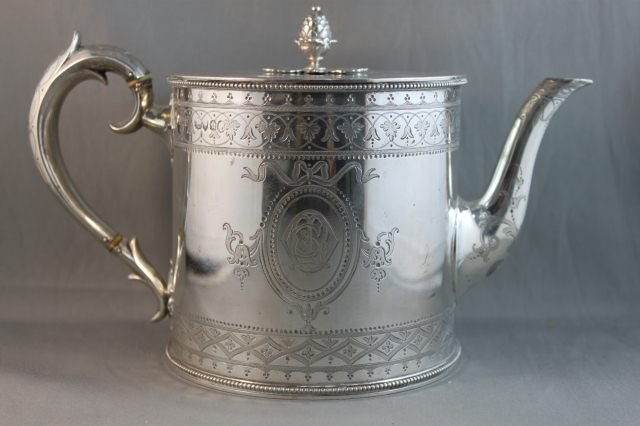 6: Stunning Victorian Sterling Silver Drum Teapot,