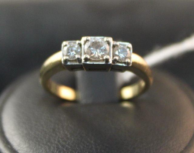 157: Ladies Three Stone Diamond Dress Ring