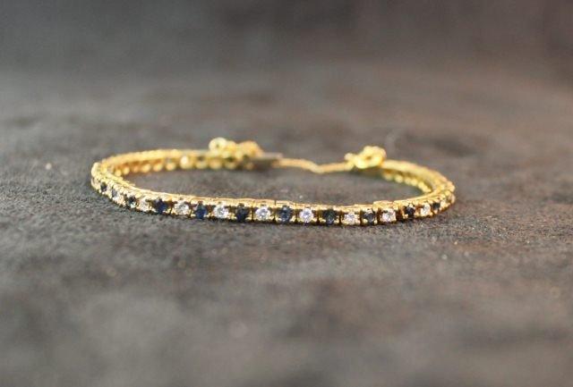 158: Ladies 18 Carat Tennis Bracelet