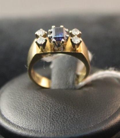 160: Ladies 18 Carat & Platinum Dress Ring