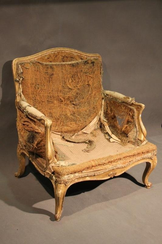 10: 18th Century French Louis XV Fauteuil,