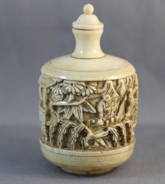 9: Good Large Chinese Ivory Snuff Bottle and Stopper,
