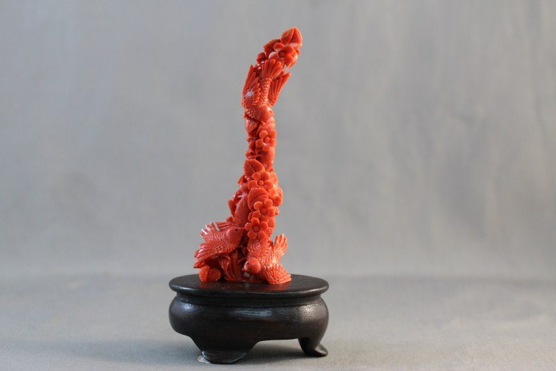 263: Stunning and Fine Chinese Carved Coral Figure