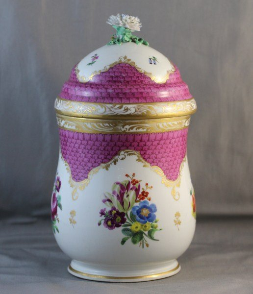 Good Vienna Porcelain Jar and Cover,