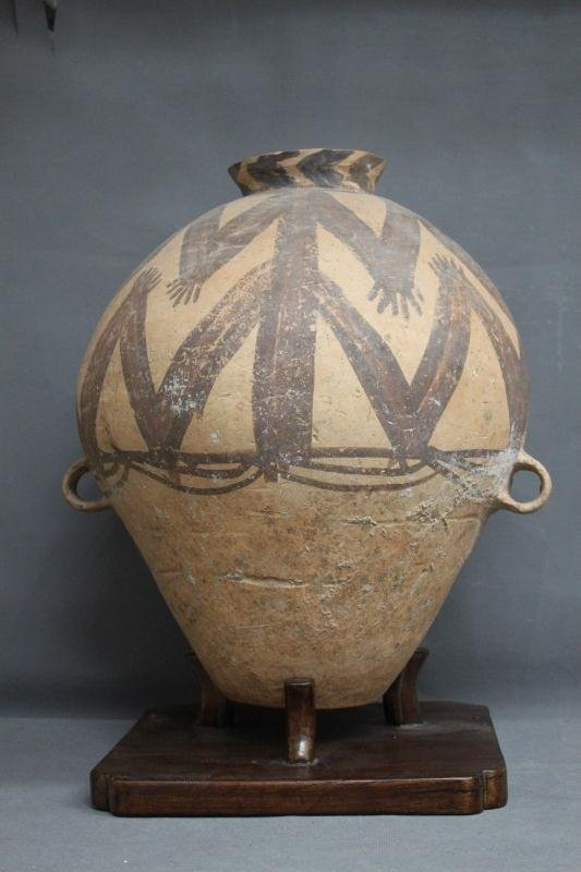 Large Chinese Neolithic Twin Handled Pot,