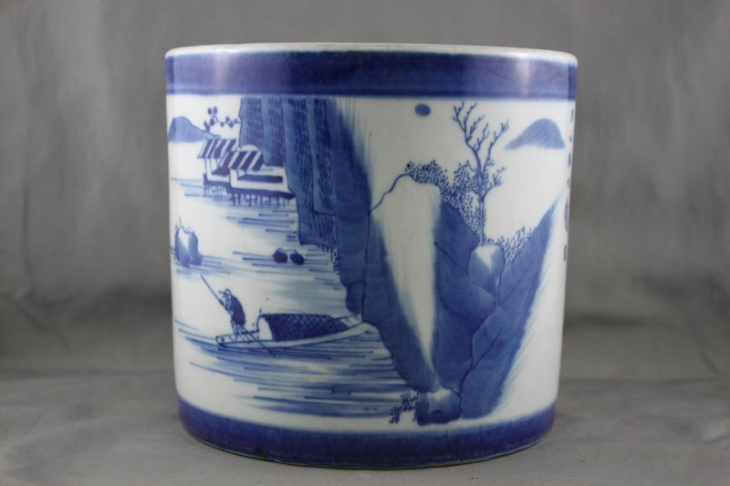 Good Chinese Blue and White Porcelain Brush Pot,