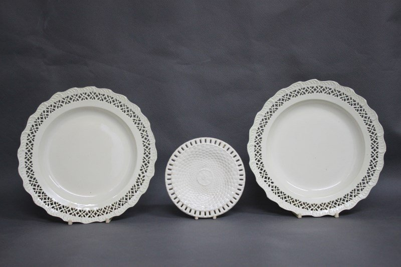 Pair of Early Wedgwood Creamware Dishes,
