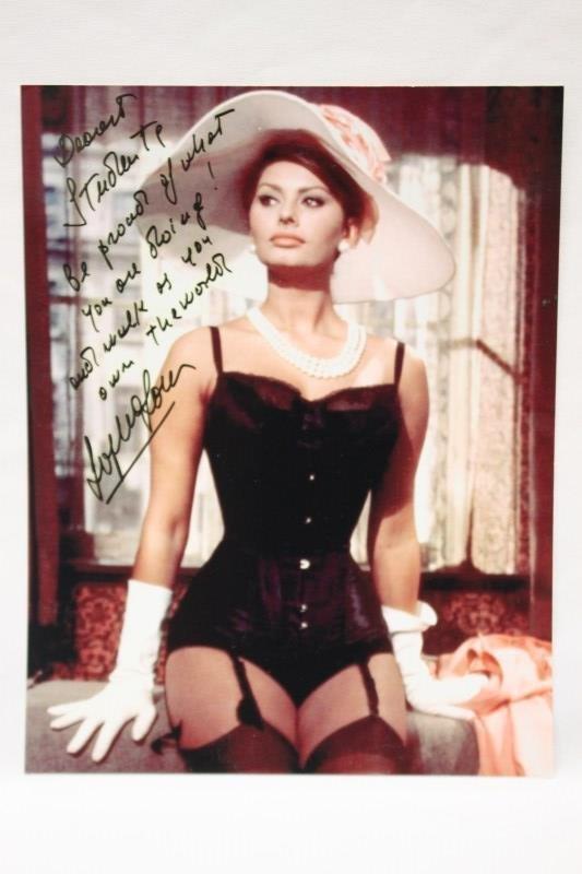 Signed Photo & Book, Sophia Loren,