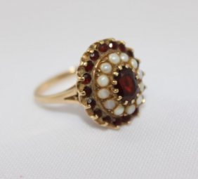 Lovely Ladies Garnet And Seed Pearl 9ct Gold