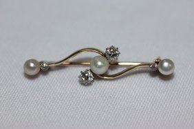Stunning Gold, Diamond And Pearl Brooch,