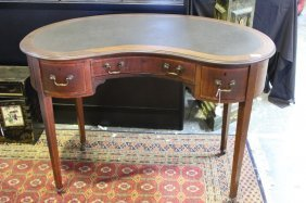 Kidney Shaped Sheraton Style Desk,