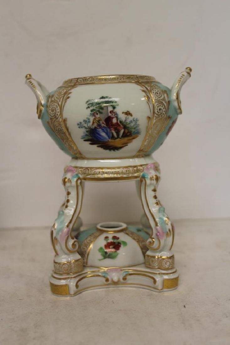 Pair of Meissen Censors - 4