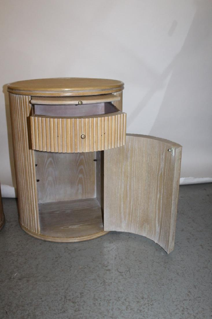 PAIR OF MID-CENTURY, CERUSED, OAK, ROUND SIDE TABLES - 3