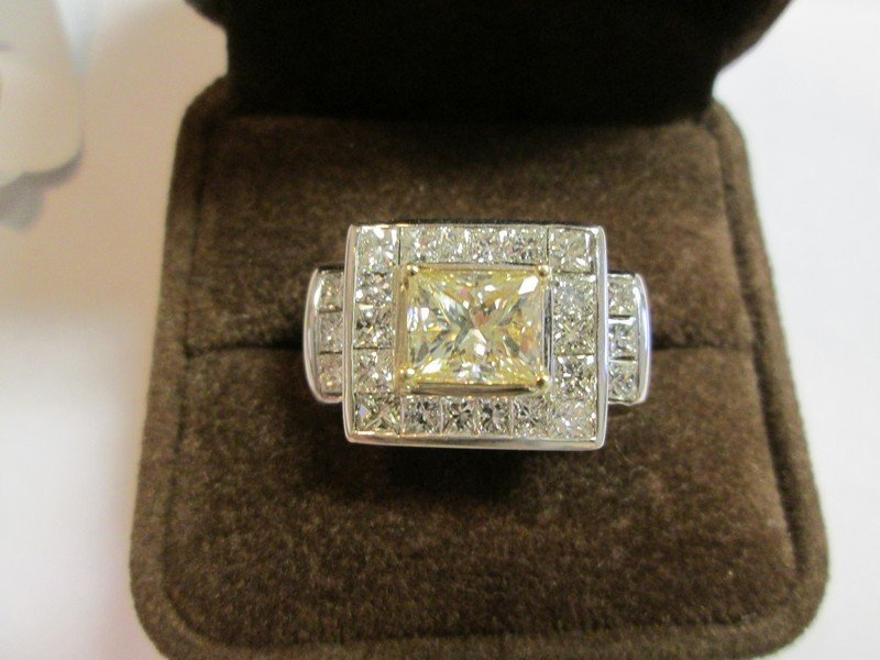 Gold Diamond Ring 7.75 Carats - 3