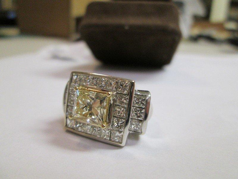 Gold Diamond Ring 7.75 Carats - 5