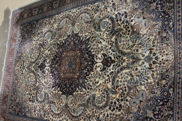 Extremely Fine Persian Carpet - 4
