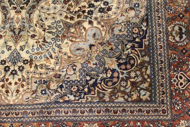Extremely Fine Persian Carpet - 6