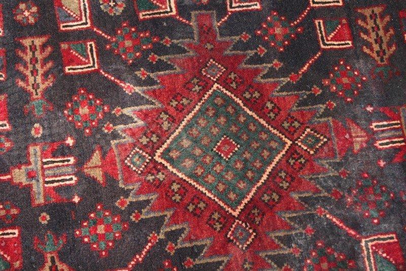 Heriz Style Persian Carpet - 4