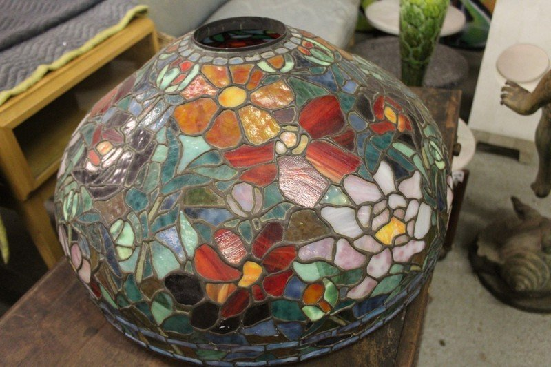 Vintage Tiffany Style Large Table Lamp - 4