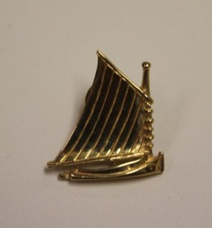 14k Gold Pin by Backnell Signed