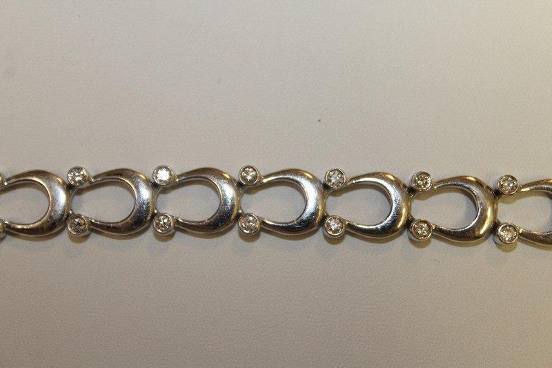 14 Kt White Gold and Diamond Horse Shoe Bracelet - 2