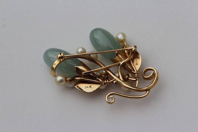 Mings  Hawaii Gold Brooch with Jade and Pearls - 3