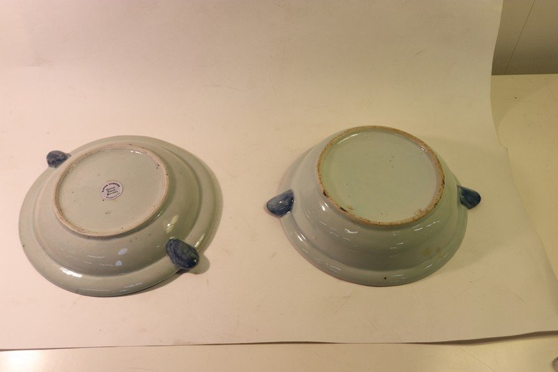 2 Chinese Export FitzHugh Warming Plates - 2