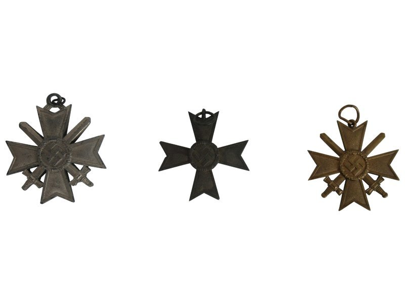 3 Nazi Medals: Measuring