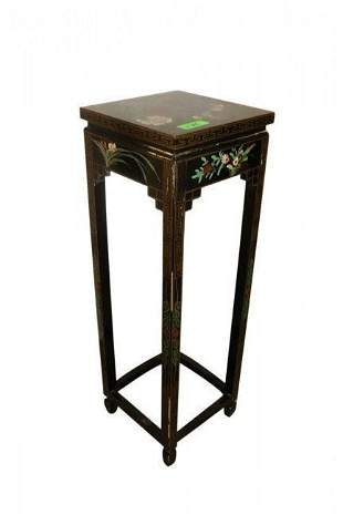 FINE BLACK LAQUER DECORATED ASIAN STAND