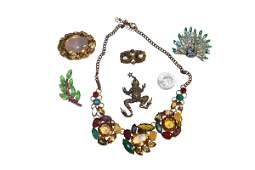 6 Great Vintage Costume Jewelry Brooches & Necklace