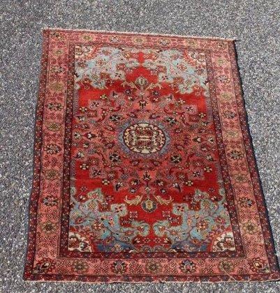 Antique Mahal Carpet ?