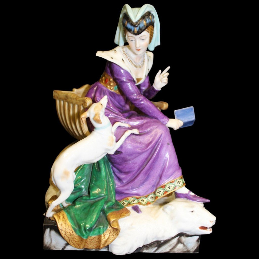 Dressel & Kister Company Figurine of Beautiful Gowned