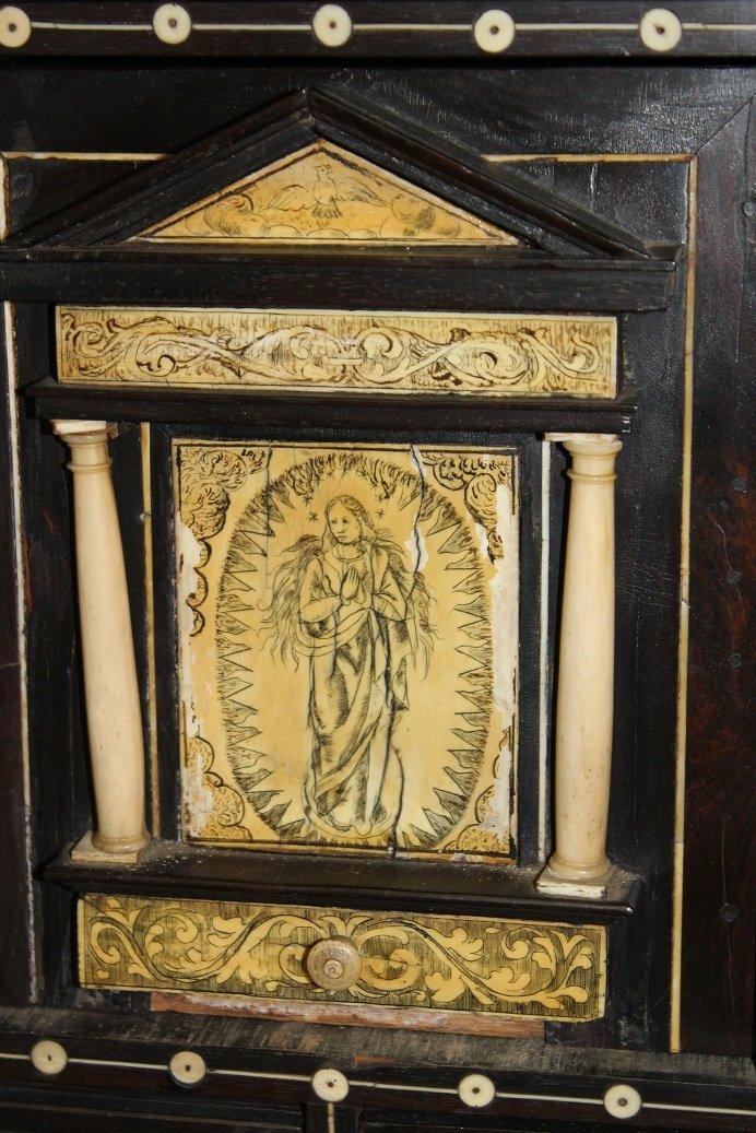 18th Century Spanish Walnut Varqueno W/ inlaid Bone - 3