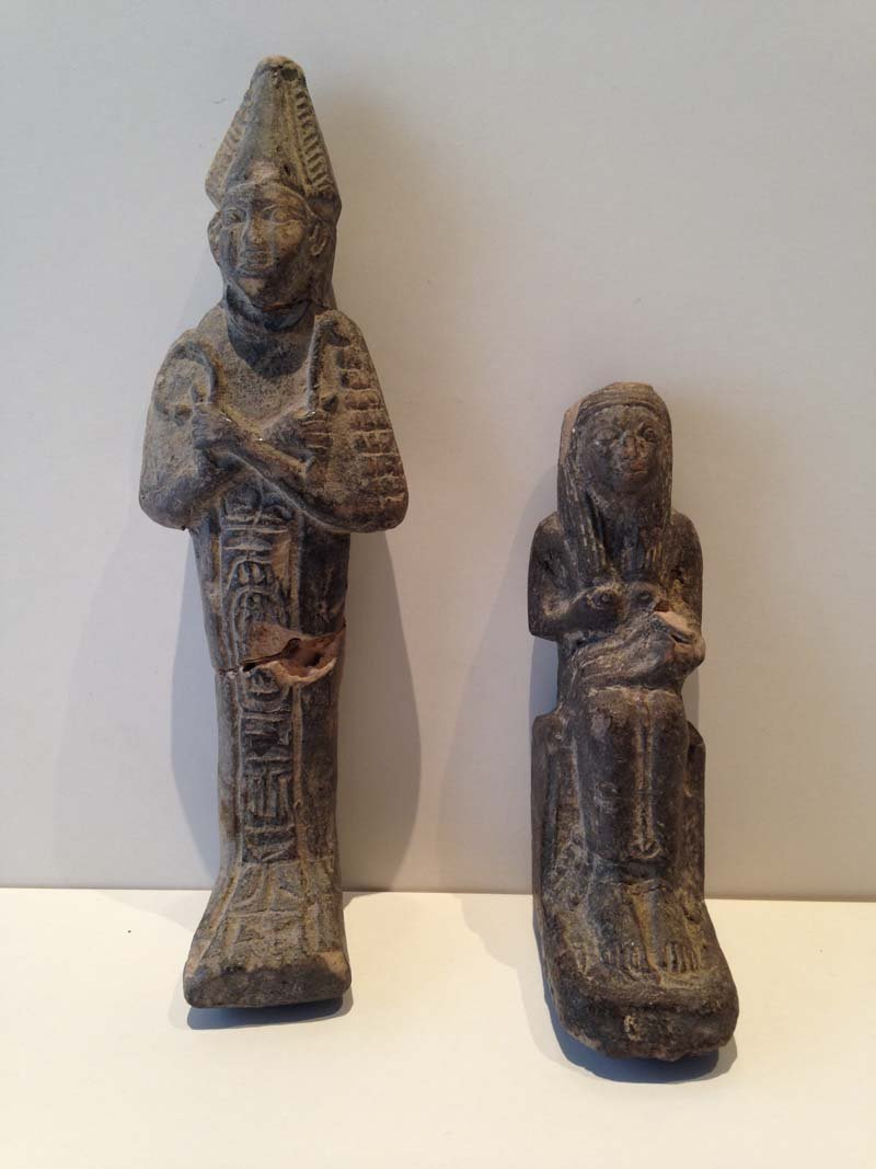 Egypte antique.  2 ouchebtis