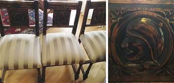 Travail Italien, XVI-XVIIe. Ensemble de 10 chaises