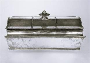 Orfevrerie anglaise, XIX-XXe. Encrier rectangulaire
