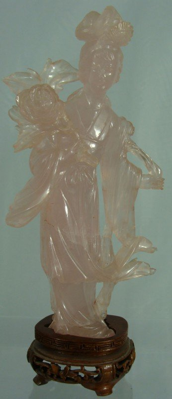 18: Antique Chinese Roze Quartz Statue