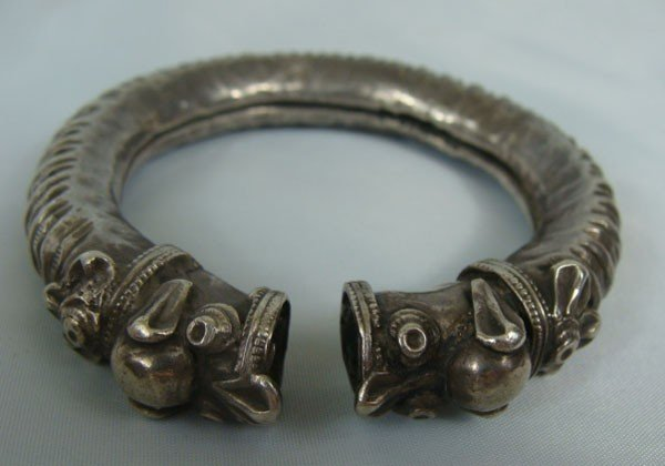 18: Antique Chinese Silver Bracelet