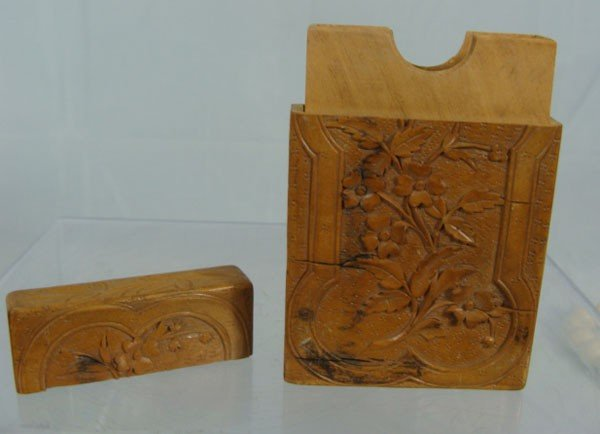 22: Antique Chinese Carved Boxwood Card Case