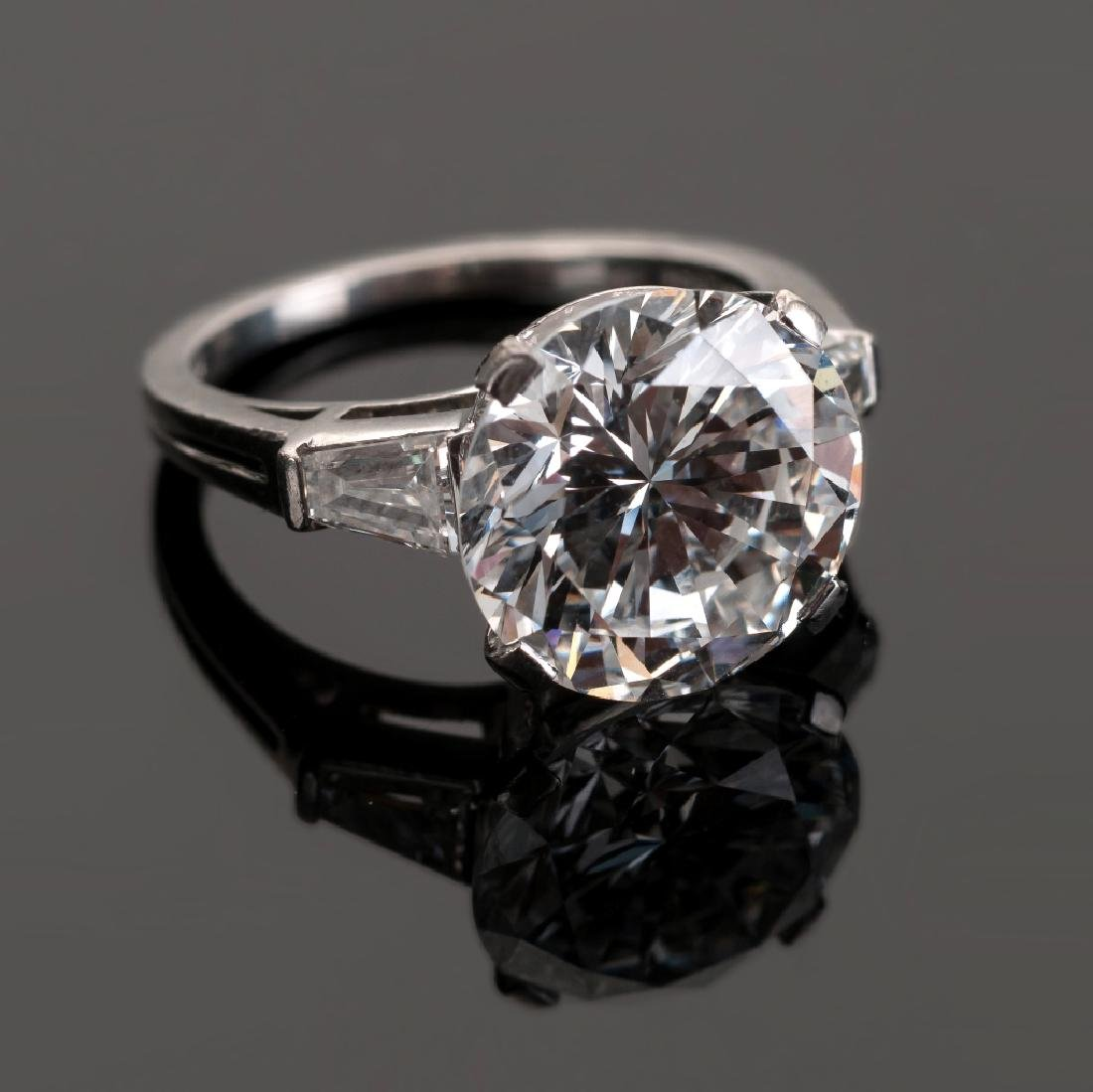 Fine Vintage Tiffany & Co., New York, 5.25 Carat