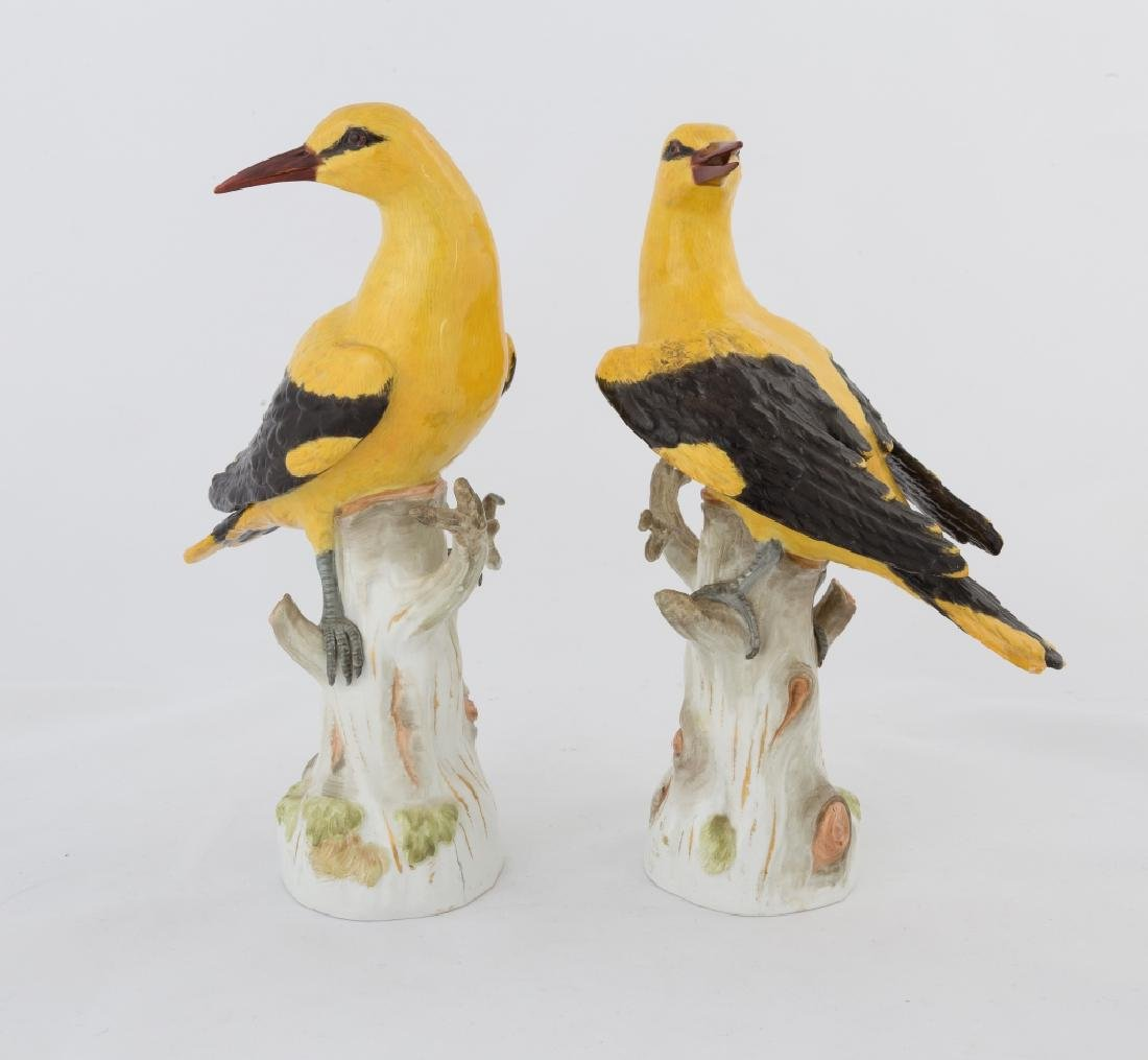 Pair of Meissen Magpies