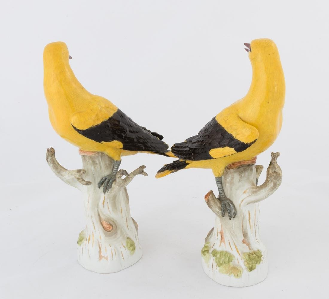 Pair of Meissen Magpies - 2